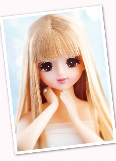 現在、ジェニーちゃんの人形ってトイザらすとかで …